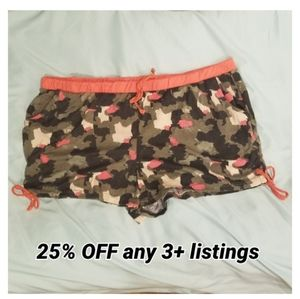 camo print lounge shorts with pockets